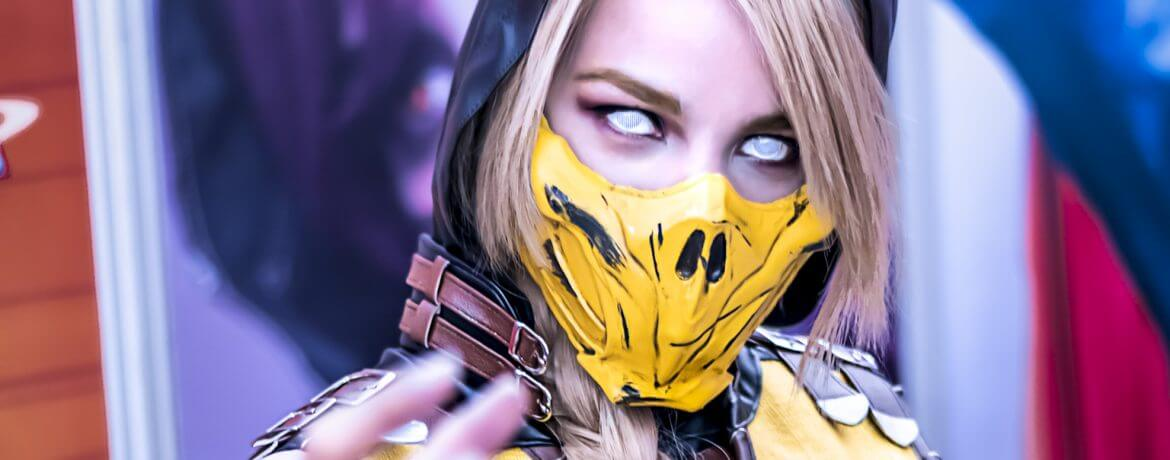 RocioCosplayer Mortal Kombat Scorpion Cosplay